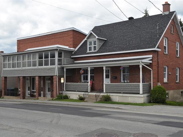 Triplex à vendre à Windsor, Estrie, 131 - 139, Rue  Saint-Georges, 26144090 - Centris.ca