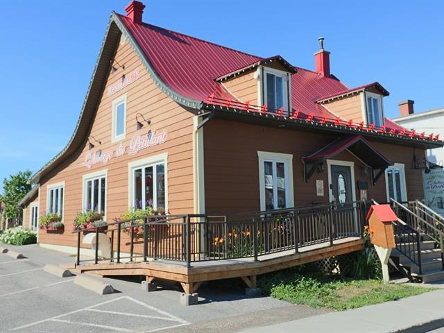 Bâtisse commerciale à vendre à Louiseville, Mauricie, 311Z, Avenue  Sainte-Marie, 22125150 - Centris.ca