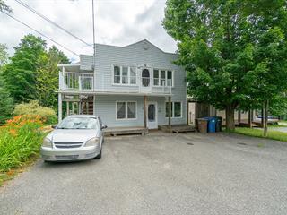 Duplex à vendre à Saint-Étienne-de-Bolton, Estrie, 69 - 69A, Rue  Principale, 26363093 - Centris.ca