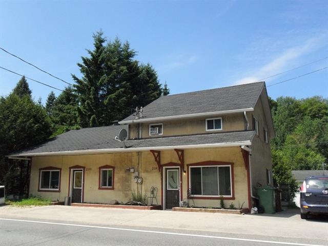 Duplex for sale in Saint-Faustin/Lac-Carré, Laurentides, 2191 - 2193, Rue  Principale, 10625139 - Centris.ca