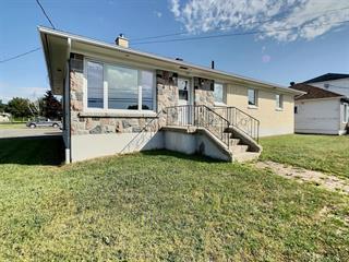 Maison à vendre à Rimouski, Bas-Saint-Laurent, 399, Rue  Tessier, 23334333 - Centris.ca