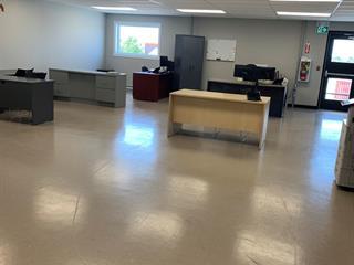 Local commercial à louer à Val-d'Or, Abitibi-Témiscamingue, 1061, Rue des Manufacturiers, 10032600 - Centris.ca