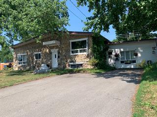 Triplex à vendre à Blainville, Laurentides, 16, 46e Avenue Ouest, 12296244 - Centris.ca