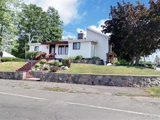 Maison à vendre à Mont-Joli, Bas-Saint-Laurent, 1255, Rue  Poirier, 26503679 - Centris.ca