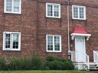 Maison à vendre à Magog, Estrie, 54, Rue  Bullard, 28088428 - Centris.ca