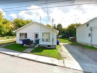 Duplex for sale in Maniwaki, Outaouais, 263 - 265, Rue  Cartier, 22530704 - Centris.ca