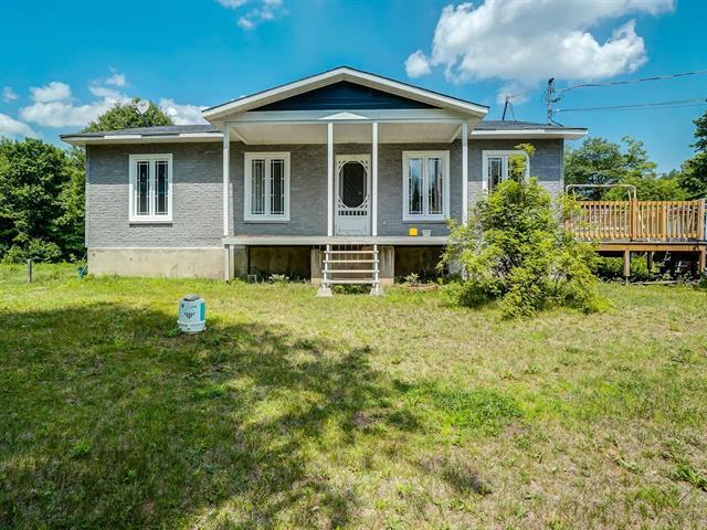 House for sale in Denholm, Outaouais, 953, Chemin du Poisson-Blanc, 25124684 - Centris.ca