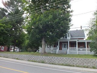Triplex for sale in Waterloo, Montérégie, 811 - 815, Rue  Western, 20361637 - Centris.ca