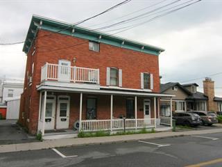 Triplex à vendre à Saint-Hyacinthe, Montérégie, 650 - 666, Avenue  Sainte-Marie, 25258954 - Centris.ca