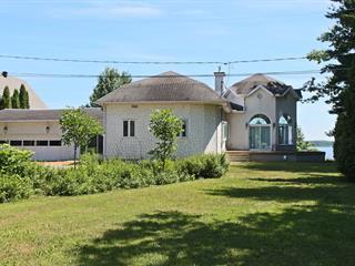 Maison à vendre à Trois-Rivières, Mauricie, 2850, Rue  Notre-Dame Est, 21205381 - Centris.ca