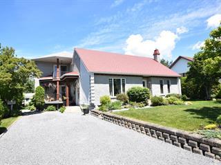 House for sale in Témiscouata-sur-le-Lac, Bas-Saint-Laurent, 37, Rue  Héroux, 10934226 - Centris.ca