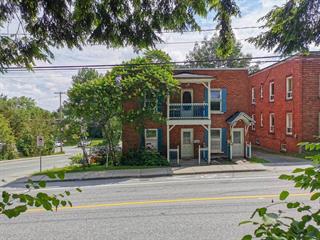 Duplex à vendre à Sherbrooke (Les Nations), Estrie, 1450 - 1452, Rue  Belvédère Sud, 11614772 - Centris.ca