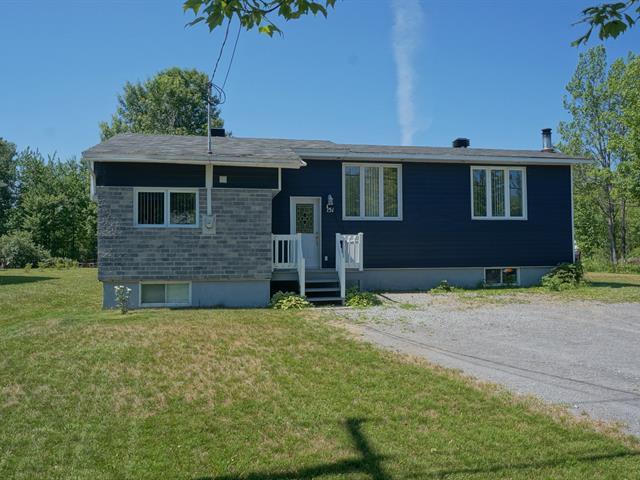 Maison à vendre à Saint-Maurice, Mauricie, 151, Rue  Courteau, 13100265 - Centris.ca