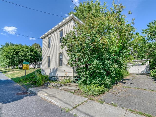 House for sale in Saint-Paul-d'Abbotsford, Montérégie, 11, Rue  Montcalm, 14283985 - Centris.ca