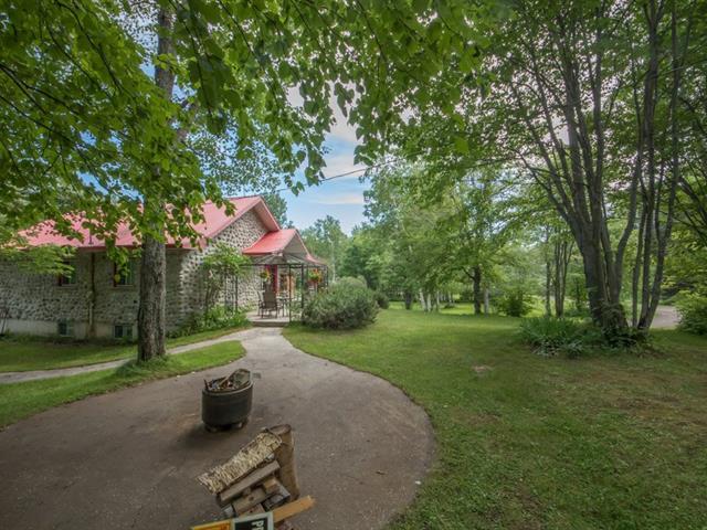 Chalet à vendre à Saguenay (Lac-Kénogami), Saguenay/Lac-Saint-Jean, 4792, Chemin de la Rivière-aux-Sables, 18029966 - Centris.ca
