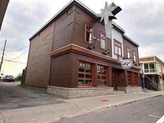 Bâtisse commerciale à vendre à Rivière-du-Loup, Bas-Saint-Laurent, 386, Rue  LaFontaine, 14316663 - Centris.ca