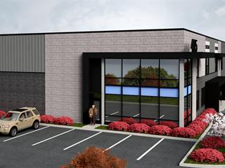 Local industriel à vendre à Blainville, Laurentides, 405, Rue  Omer-DeSerres, local 102, 28217886 - Centris.ca