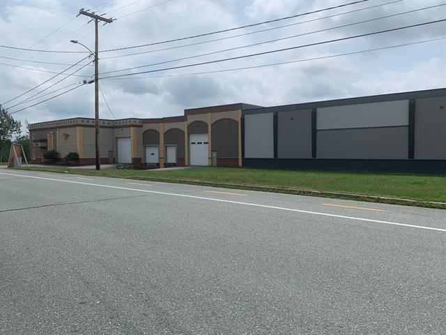 Bâtisse industrielle à vendre à Sherbrooke (Les Nations), Estrie, 4350, Rue  Robitaille, 20153708 - Centris.ca