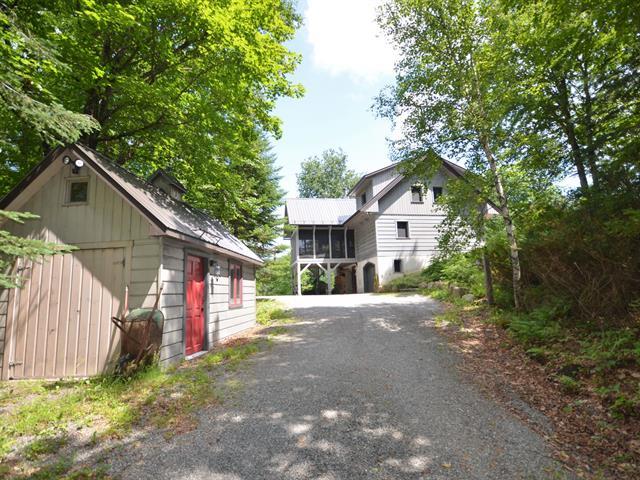 House for rent in Lac-Supérieur, Laurentides, 210, Chemin de l'Avalanche, 26185252 - Centris.ca