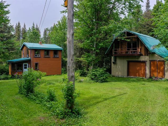 House for sale in Lac-Casault, Bas-Saint-Laurent, 143, Route du 18-Milles, 28460257 - Centris.ca