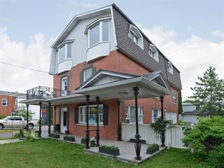 Maison à vendre à Salaberry-de-Valleyfield, Montérégie, 143, Rue  Champlain, 23931308 - Centris.ca