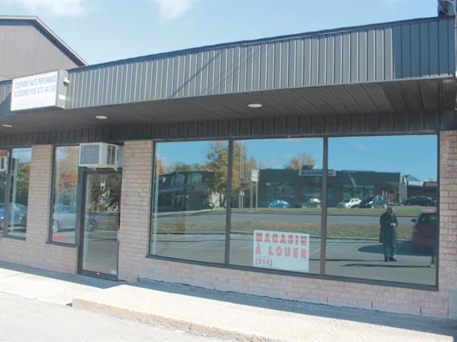 Commercial unit for rent in Montréal (Pierrefonds-Roxboro), Montréal (Island), 4909 - 4911, boulevard  Saint-Charles, 18121425 - Centris.ca