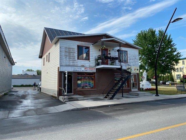 Quadruplex à vendre à Plessisville - Ville, Centre-du-Québec, 1714 - 1720, Rue  Saint-Calixte, 13126330 - Centris.ca