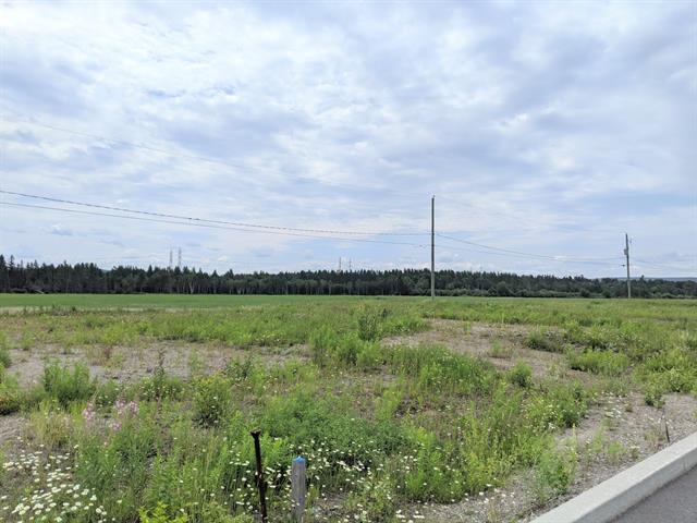 Terrain à vendre à Saguenay (Laterrière), Saguenay/Lac-Saint-Jean, Rue  Lavoie, 22192559 - Centris.ca
