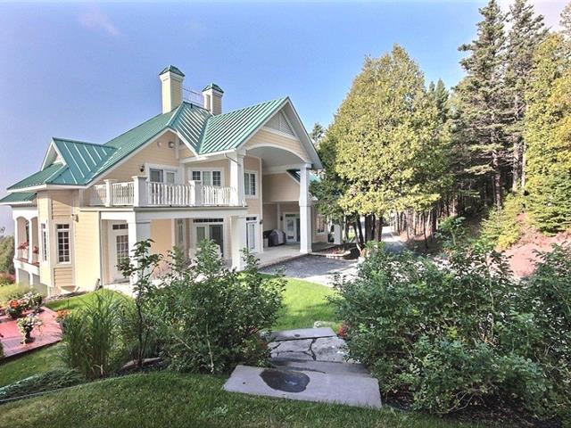 Maison à vendre à Notre-Dame-du-Portage, Bas-Saint-Laurent, 137, Côte de la Mer, 26176919 - Centris.ca