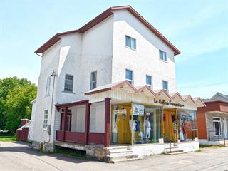 Maison à vendre à Saint-Marc-des-Carrières, Capitale-Nationale, 678 - 680, Avenue  Principale, 25847419 - Centris.ca