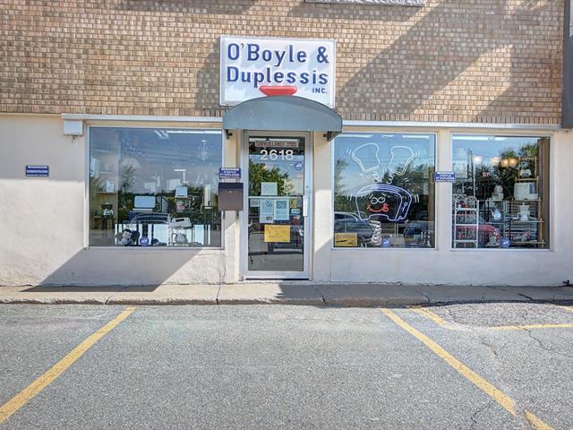 Commerce à vendre à Sherbrooke (Les Nations), Estrie, 2618, Rue  King Ouest, 19136769 - Centris.ca