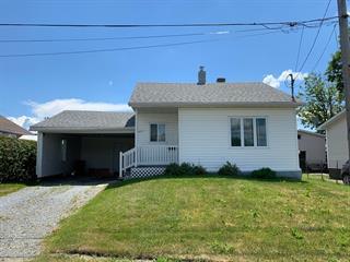 House for sale in Lac-Mégantic, Estrie, 6437, Rue  Crémazie, 16190762 - Centris.ca