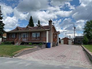 Maison à vendre à Amos, Abitibi-Témiscamingue, 22, Rue  Bellevue, 13716178 - Centris.ca