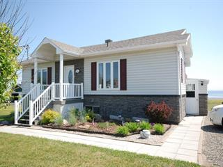 House for sale in Saint-Siméon (Gaspésie/Îles-de-la-Madeleine), Gaspésie/Îles-de-la-Madeleine, 196, boulevard  Perron Est, 28050845 - Centris.ca