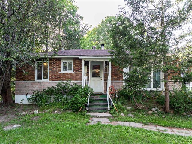 Maison à vendre à Saint-Lin/Laurentides, Lanaudière, 79, Rue  Lachance, 11392562 - Centris.ca