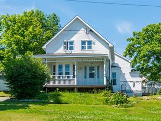 Duplex à vendre à Sherbrooke (Lennoxville), Estrie, 231, Rue  Queen, 13060275 - Centris.ca