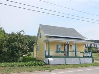 Maison à vendre à Saint-Pacôme, Bas-Saint-Laurent, 114, Rue  Galarneau, 14031143 - Centris.ca
