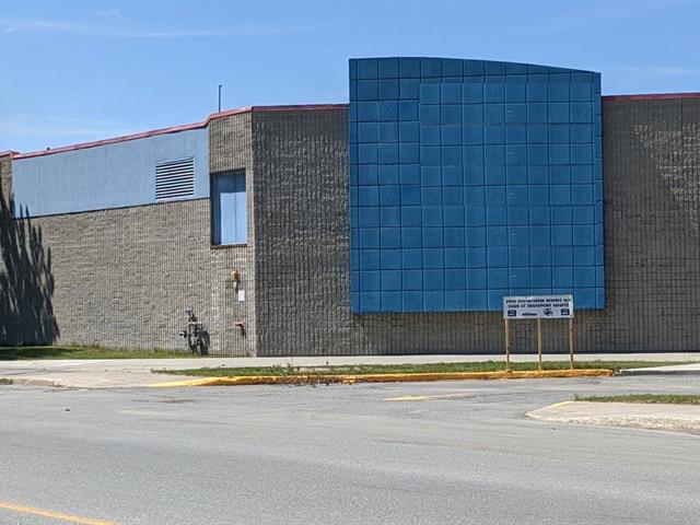 Commercial building for sale in Rouyn-Noranda, Abitibi-Témiscamingue, 150, Rue du Terminus Ouest, 19566698 - Centris.ca