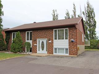 Triplex for sale in Lévis (Desjardins), Chaudière-Appalaches, 672, Rue  Hypolite-Bernier, 27078135 - Centris.ca