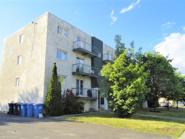 Immeuble à revenus à vendre à Longueuil (Le Vieux-Longueuil), Montérégie, 825, Rue  Falardeau, 24213098 - Centris.ca