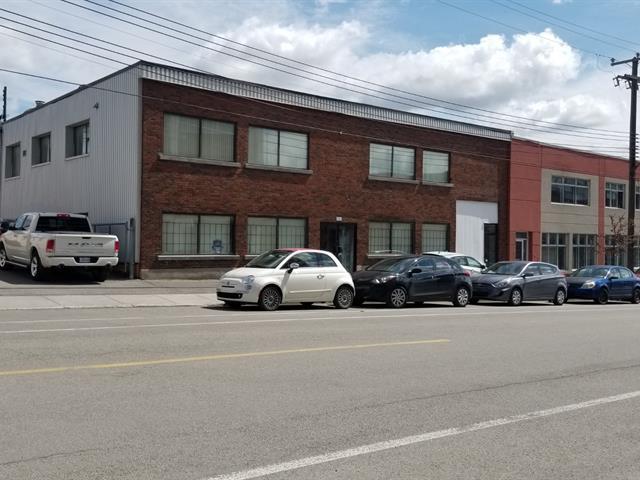 Industrial building for sale in Montréal (Rosemont/La Petite-Patrie), Montréal (Island), 5593 - 5595, Rue  Fullum, 24150598 - Centris.ca