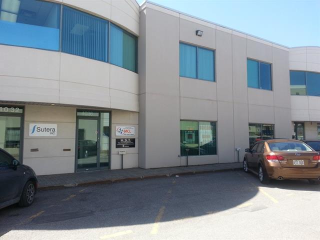 Local commercial à louer à Laval (Sainte-Rose), Laval, 4036, boulevard  Le Corbusier, local 200, 14771771 - Centris.ca