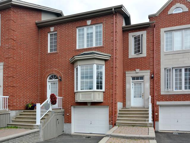 Maison à louer à Montréal (Pierrefonds-Roxboro), Montréal (Île), 4943, Rue  Jolicoeur, 12529302 - Centris.ca