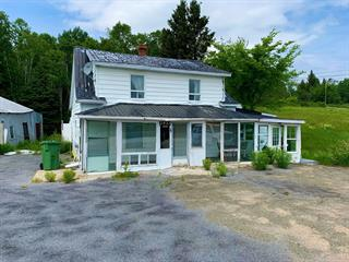 House for sale in Les Éboulements, Capitale-Nationale, 2931, Route du Fleuve, 17649794 - Centris.ca