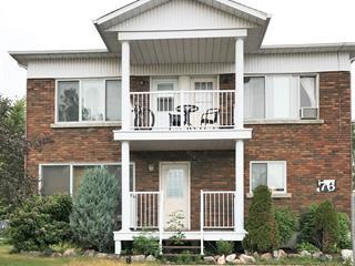 Triplex à vendre à Brownsburg-Chatham, Laurentides, 76 - 76B, Route du Canton, 25716735 - Centris.ca