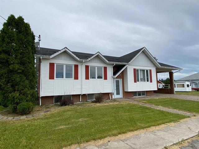 Maison à vendre à Fugèreville, Abitibi-Témiscamingue, 13, Rue  Bordeleau, 18547247 - Centris.ca