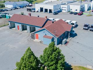 Commercial building for sale in Coaticook, Estrie, 392, Rue  Main Ouest, 11029305 - Centris.ca
