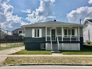 Maison à vendre à La Tuque, Mauricie, 363, Rue  Élisabeth, 20285626 - Centris.ca
