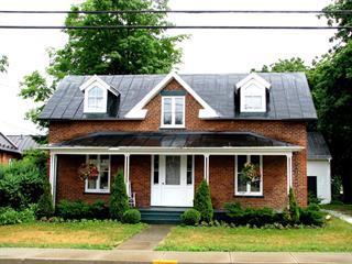 House for sale in Hemmingford - Village, Montérégie, 468, Rue  Frontière, 25215614 - Centris.ca