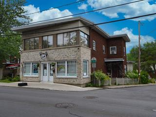 Triplex à vendre à Laval (Sainte-Rose), Laval, 241 - 241A, boulevard  Sainte-Rose, 12454272 - Centris.ca